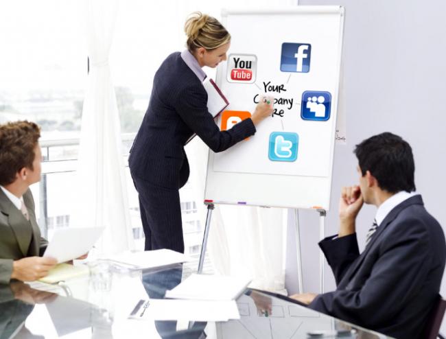 Chuyên gia tư vấn mạng xã hội