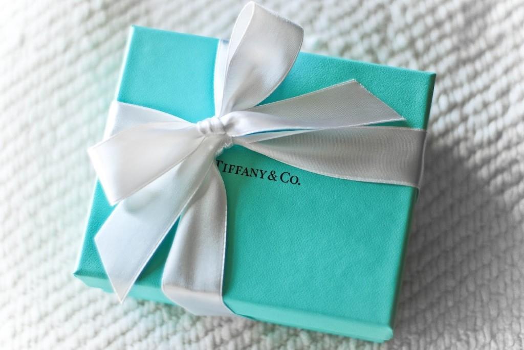 Chiếc hộp màu xanh cùng nơ trắng đã tạo nên sức lan tỏa cho thương hiệu Tiffany