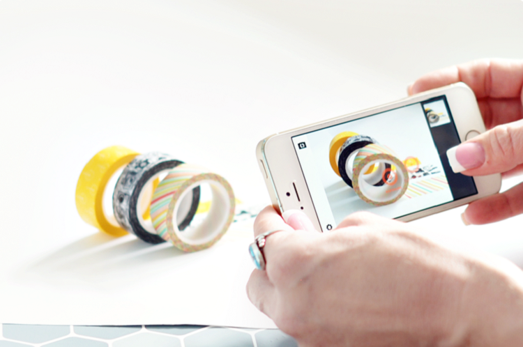 Bật mí cách chụp ảnh sản phẩm bằng điện thoại đẹp và chuyên nghiệp