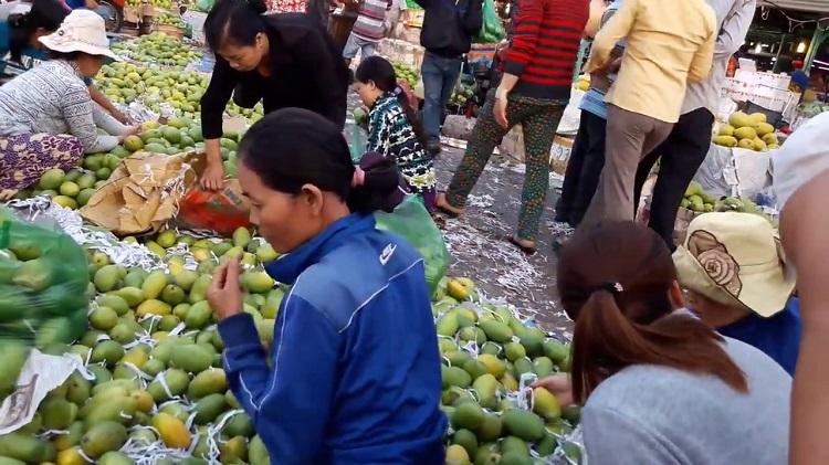 Bật mí 5 chợ đầu mối lấy sỉ trái cây hoa quả tươi ngon, giá cực tốt
